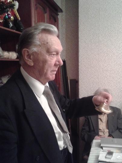 Президент РНАН Пётр Иванков даёт звонок